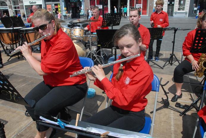 Het Opstartorkest geldt voor de meesten als een springplank naar de Koninklijke Harmonie 's-Hertogenbosch.