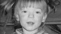 """De moeder die haar dochtertje Jansien (2,5) vermoordde: """"Op kerkhof zeg ik altijd dat het me zó hard spijt"""""""