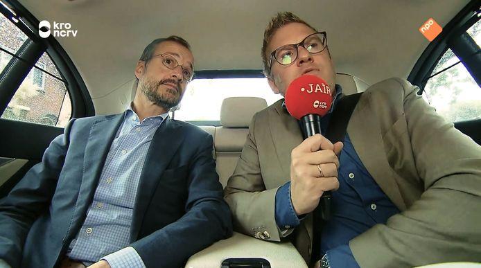 Minister Eric Wiebes gaf in een interview toe vaak geen gordel om te doen achter in de auto.