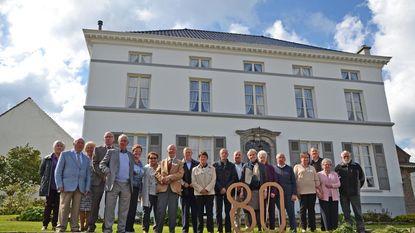 Oud-klasgenoten vieren samen 80ste verjaardag