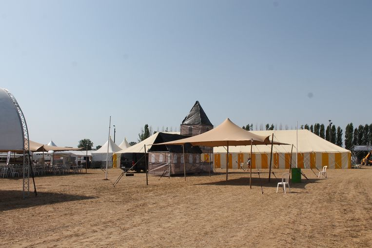 De Dorpsfeesten van Bogaarden verhuisden naar de jaarmarktweide in de Molenstraat.