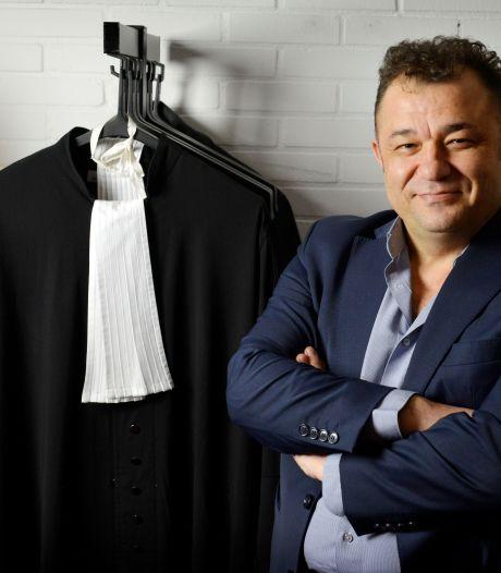 Oproep Almelose advocaat: 'Jeugdbeschermers moeten onder ede worden gehoord'