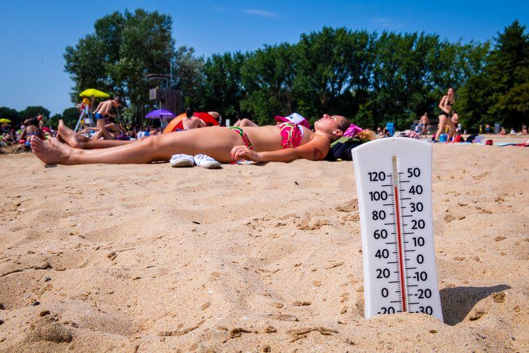 d8484978307 HITTEBLOG. Hoogste temperatuur ooit gemeten: 39,9 graden in Kleine ...