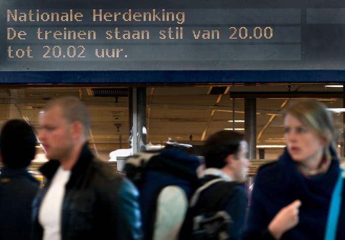Herdenken op Utrecht CS.