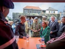 Minister Ank Bijleveld werft jongeren bij D-Day in Haaksbergen