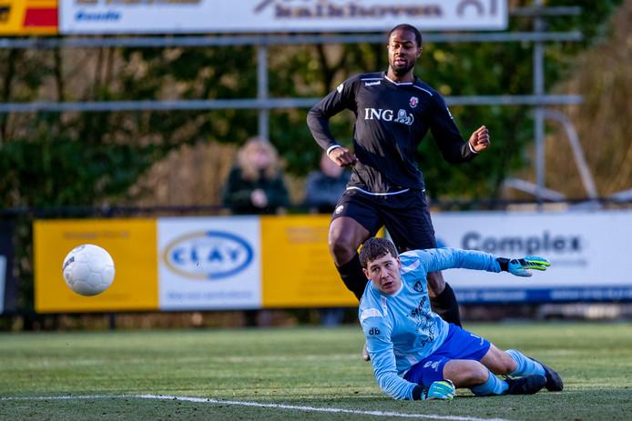 Bradley el Idrissi scoort de 1-0 voor Jodan Boys