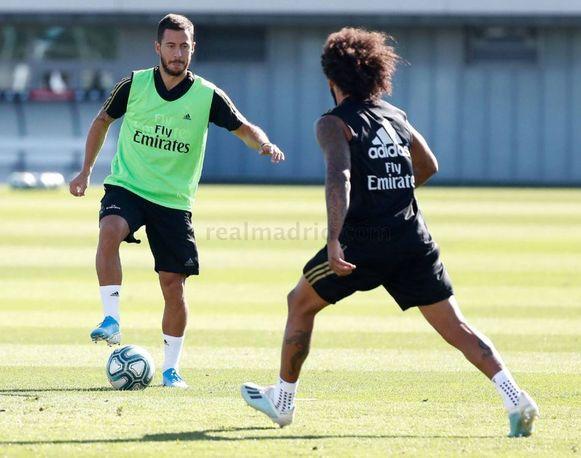 Hazard deze ochtend op de groepstraining met Marcelo.