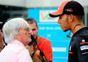 ,,Onwetende en ongeschoolde opmerkingen van Ecclestone'', aldus zesvoudig Formule 1-kampioen Lewis Hamilton.