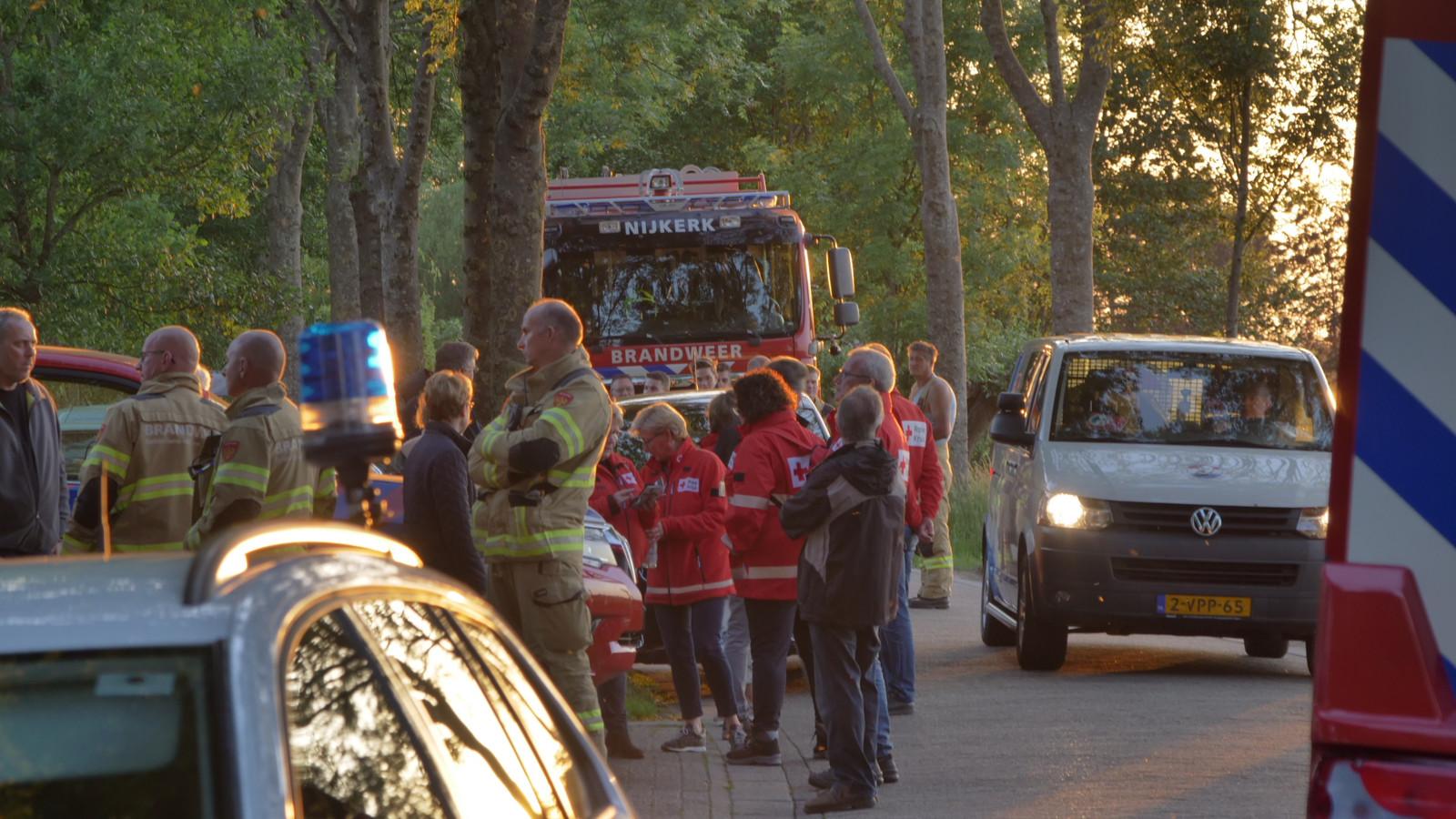 Politie, brandweer en het Rode Kruis deden vanavond een grote zoekactie naar de vermiste Hannie.