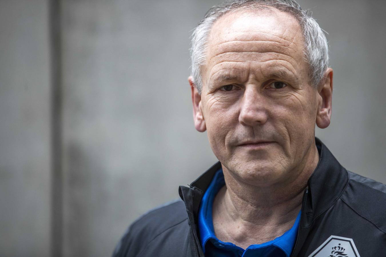 Scheidsrechtersbaas Dick van Egmond