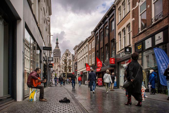 De Eindstraat, winkelstraat in het centrum van Breda.