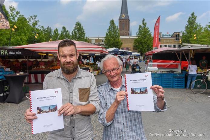Raadsleden Frank Peters (links) en Wiert Wiertsema (rechts). Het tweetal heeft plannen gemaakt voor binnenstad.