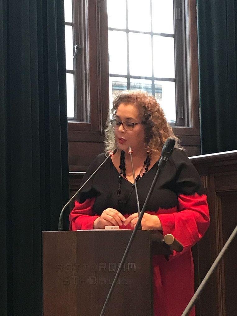 Fatima als raadslid voor de PvdA in het Rotterdamse stadhuis. Beeld