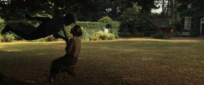 Naar Huis Dansfilm jelena Kostic. Still uit fil,.