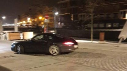 Porsche rijdt tegen dure parasol op verlaagde Leieboorden, camera legt alles vast