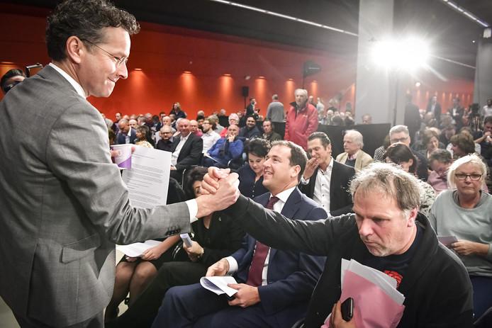 Jeroen Dijsselbloem, Lodewijk Asscher en aftredend partijvoorzitter Hans Spekman hopen op betere tijden.