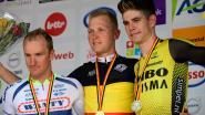 Merlier kroont zich tot Belgisch kampioen na massasprint in Gent