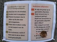 Gedragsregels in stadspark Harderwijk: 'Praten doe ik alleen rustig'