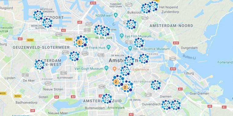 De gemeente gaat op 31 van haar eigen daken zonnepanelen plaatsen Beeld Zoncoalitie