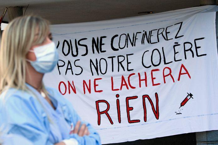 Action du personnel des Soins de Santé organisées par la CGSP Admi de Liège devant le Centre Hospitalier Bois de l'Abbaye.