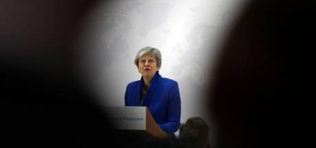 Strijd om opvolging May: Conservatieve partijgenoten ruiken bloed