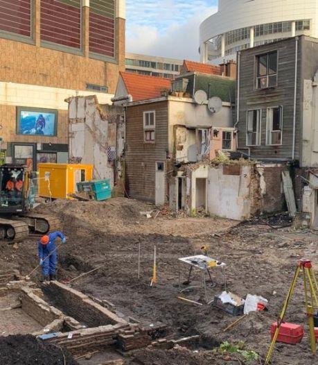 Archeologen vinden resten van 17de-eeuwse rosmolen op hoek Spui-Gedempte Gracht