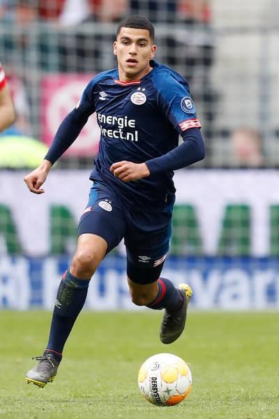 4   Aboukhlal maakte zondag zijn debuut tegen AZ.
