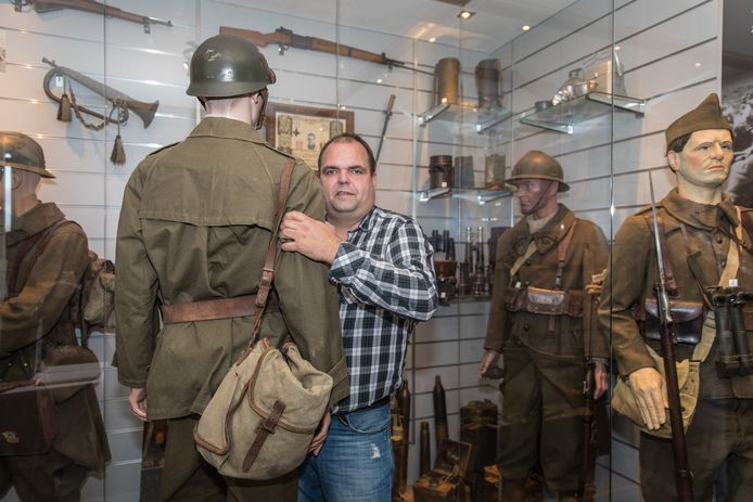 Andries Looijen van oorlogsmuseum Vitality in Kapelle.