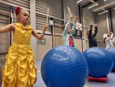 Deze Spijkenisser basisschool is vandaag helemaal in carnavalssfeer