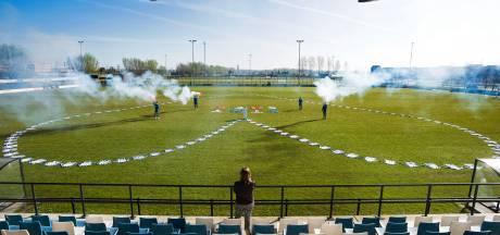 Alles moet weg: SC Woerden verkoopt voorraad van sportkantine in drive-thru