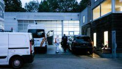 Collega steekt Ukkelse garagist dood met schaar in hart