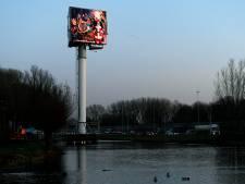 Geen strengere regels voor tweede reclamemast langs A15 bij Sliedrecht