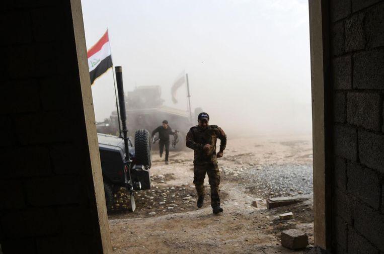 Iraakse elitetroepen in Bazwaya, het laatste dorp aan het oostfront dat nog in handen was van IS. Beeld afp