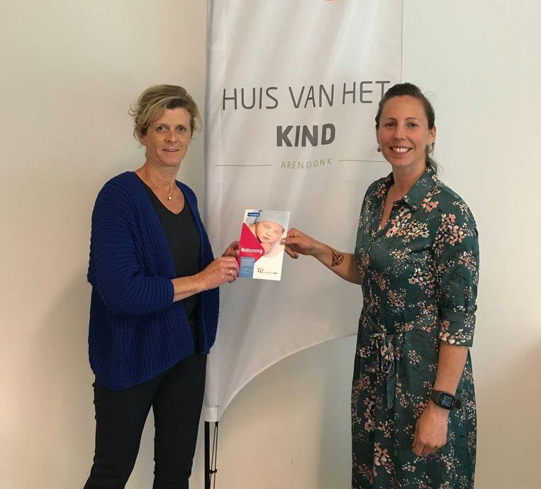 Griet Van Looy (verpleegkundige Kind & Gezin) en Rienel van Beurden (medewerker Huis van het Kind Arendonk).