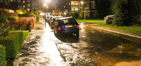 Troelstrastraat Apeldoorn opnieuw getroffen door waterleidingbreuk
