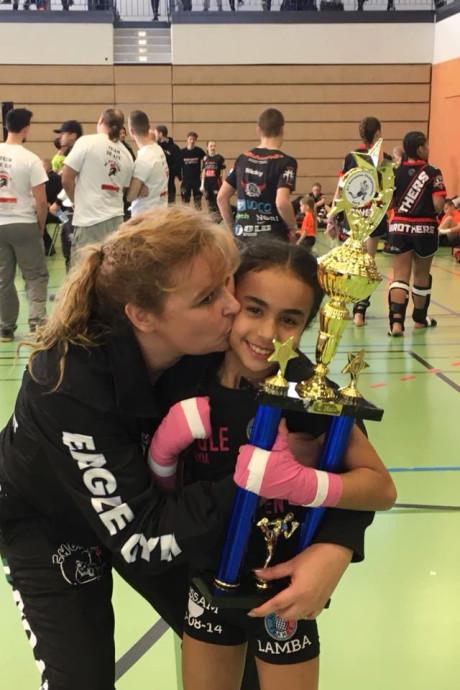 Capelse pupillen Europees kampioen kickboksen