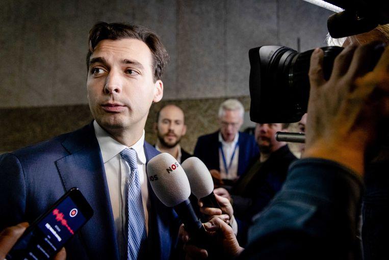 Thierry Baudet (FvD) staat de pers te woord in de Tweede Kamer naar aanleiding van zijn tweet. Beeld ANP