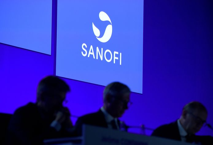 Het vaccin wordt ontwikkeld door het Franse bebrijf Sanofi, samen met het Britse GSK.