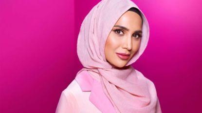 Model met hoofddoek maakt reclame voor shampoo L'Oréal