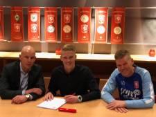Oldenzaalse talent Tijs Velthuis tekent jeugdcontract bij FC Twente