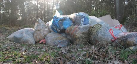 Afval gedumpt in natuurgebied landgoed Twickel Delden