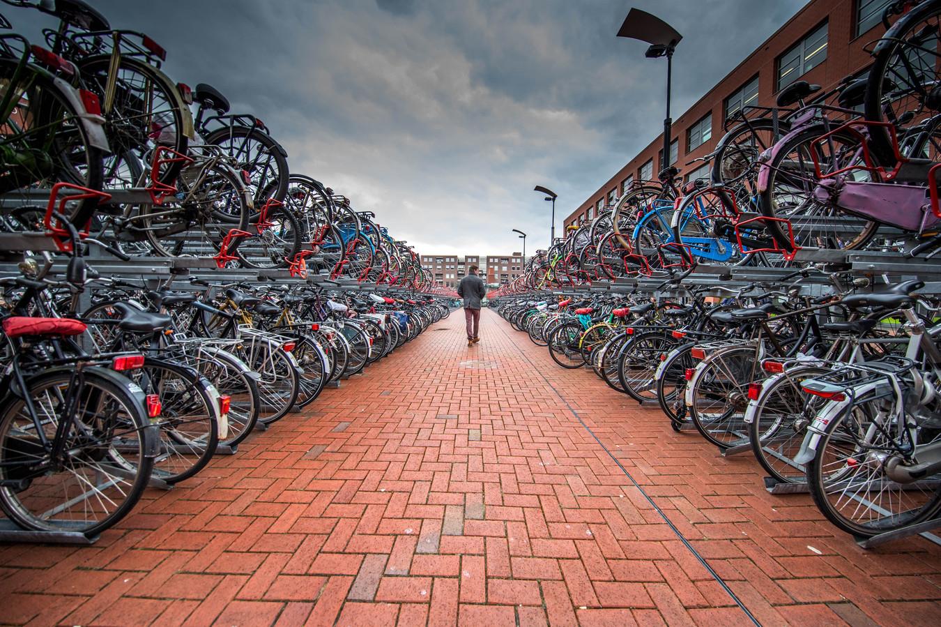 Zwolle zet flink in op de fiets. Op een tweewieler moet je sneller door de stad gaan dan wanneer je in de auto zit.
