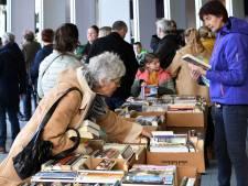 Stormloop op boekenpakketjes: bibliotheek zet actie met gratis boeken op pauze