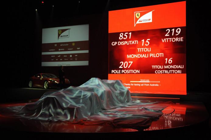 De presentatie van de Ferrari in 2013.