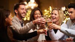 Welk type alcohol je drinkt, bepaalt of je vrolijk of sentimenteel wordt