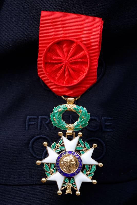 De medaille behorend bij het Legioen van Eer, die Franse biathleet Martin Fourcade in februari kreeg uitgereikt na zijn drie gouden medailles in Pyeongchang. De Franse eretitel werd in 1802 voor het eerst door Napoleon uitgereikt.
