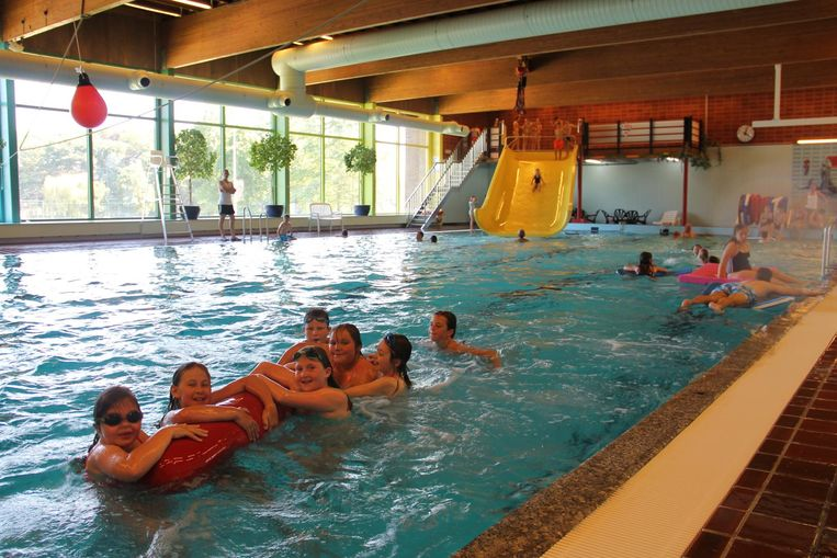 Waterpret in zwembad Ter Borcht in Meulebeke.