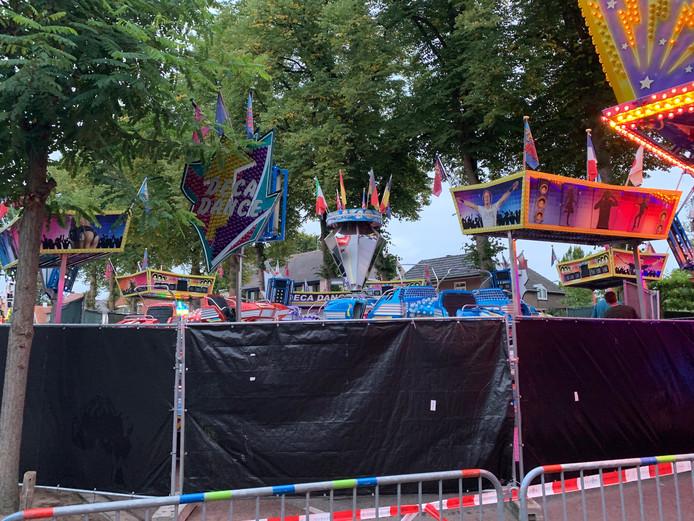 De attractie is later afgezet met zwarte schermen.