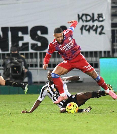 Lyon verkleint gat met koploper PSG dankzij minimale zege