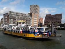 Gratis fietsveer gaat iedere 20 minuten de Nieuwe Maas over